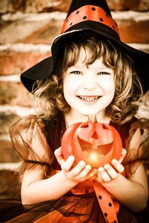 Decorate a free mini-pumkin on Halloween night!
